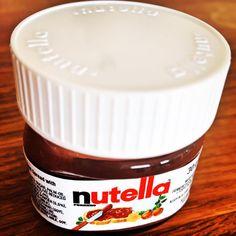 Nutella auf's Brot. Spread something special. #nutella #chocolate #breakfast #morning #nutricionista #desayuno #dejeuner #frühstück #chocolat #crema #creme #ferrero #nutellago #nutellalove #nutellaandgo #nutellalover