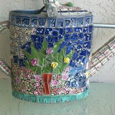 Mosaic piqué Assiette watering can