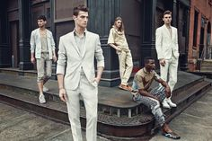 GQ Brasil Takes Early Look at Spring 2015 Trends Group Photography Poses, Group Photo Poses, Band Photography, Photography Courses, Photography Equipment, Product Photography, Wildlife Photography, Children Photography, Corporate Portrait