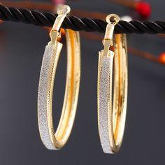 Hollow Triangular Hoop Earrings Geometric Disc Wafer Bead Triangular Dangle Drop Earrings for Women Girls Fashion Jewelry Gifts