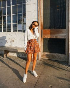 trendy outfits for women * trendy outfits ; trendy outfits for summer ; trendy outfits for school ; trendy outfits for women ; Cute Summer Outfits, Cute Casual Outfits, Summer Ootd, Casual Summer, Day Out Outfit Casual, Ootd School Summer, Casual Sneakers Outfit, White Sneakers Outfit Spring, White Heels Outfit