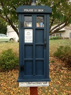 Really nice Tardis Little Free Library