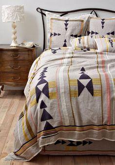 Home Interior Decoration Love this bedding.Home Interior Decoration Love this bedding. Home Bedroom, Bedroom Decor, Linen Bedroom, Design Bedroom, Bedroom Ideas, Budget Bedroom, Linen Duvet, Home Interior, Interior Design