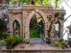 PUERTA DE BELÉN     Puerta de Belén realizada de 50 cmts de ancha   realizada en porexpan   con un arco central y dos laterales, estos co... Hirst Arts, Warhammer Terrain, Beautiful Ruins, Medieval Houses, Wargaming Terrain, Decorating With Pictures, Environmental Art, Nativity, Scenery