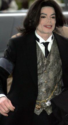 ♥ Michael Jackson ♥ - my 19,000th pin :)
