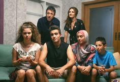 Cast of on the Greek network Greek Tv Show, Cool Photos, Tv Shows, It Cast, Wrestling, Memes, Adele, Amazing, Google