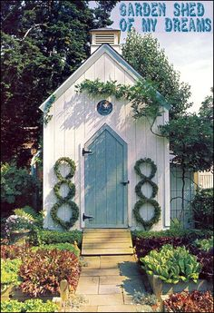would be nice this cute garden potting shed...<3...