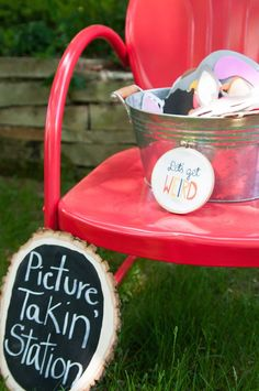 Woodland Animal 1st birthday party with SUCH SWEET IDEAS via Kara's Party Ideas | Cakes, favors, games, printables, and more! KarasPartyIdeas.com #woodlandanimals #woodlandparty #firstbirthday #partyideas #partydesign #eventplanning (22)