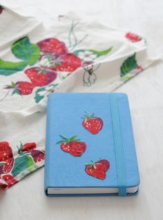 5 Minute DIY: Fabric Stickers