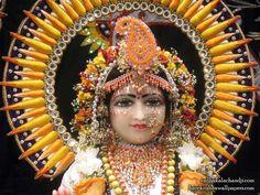 http://harekrishnawallpapers.com/sri-radha-close-up-iskcon-dallas-wallpaper-005/