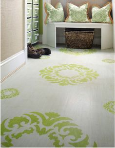 Lovely painted floor from Sunny's Goodtime Paint.