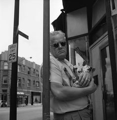 Vivian Maier / Man and his pet