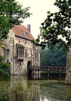 Burg Vischering, Germany.  Our tips for 25 things to do in Germany: http://www.europealacarte.co.uk/blog/2011/11/21/what-to-do-in-germany/