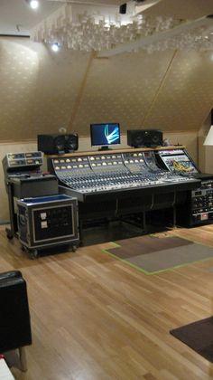 Lakeside Studio - Austin Recording Studio
