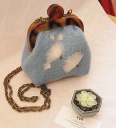 felted wool bag dandelion retro style