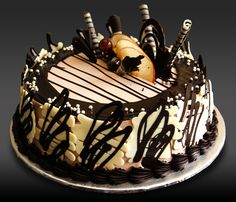 HappieReturns Featured Flavor: Choco Vanilla Truffle Cake Code: For Orders/Enquiries Please Call/Whatsapp Cake Home Delivery, Birthday Cake Delivery, Online Cake Delivery, Choco Truffle, Truffle Cake, Buy Cake Online, Tardis Cake, Black And Gold Cake, Cocoa Brownies