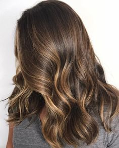 Brown hair with blonde highlights,caramel hair, brown hair color ideas to try