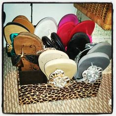 How to organize your flipflops! Great Idea for storing them