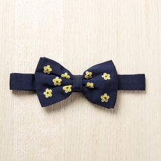 Boterbloem Bowtie, 85€, now featured on Fab.