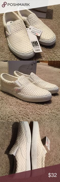 """NWT SUPERGA WHITE FLATS SIZE 8 Brand new, never worn SUPERGA white woven slip on sneaker that DO fit true to size. These are brand-new with tags attached, purchased from """"GILT"""" and came to me with faint gray discoloration on heels as shown in 3rd photo. Comes with box. As with all listings, these shoes are priced to sell. Respectfully, I don't negotiate as it's a waste of your time and mine. Please trust I've done my research and listed the ABSOLUTE lowest price I'm willing to accept, while…"""