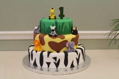 Cute jungle cake!  See more party ideas at CatchMyParty.com!  #partyideas #cake