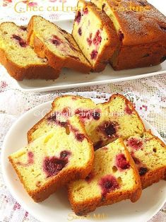Chec cu fructe de padure ~ Culorile din farfurie Romanian Desserts, Romanian Food, Cake Recipes, Dessert Recipes, Pastry And Bakery, Sweet Cakes, Something Sweet, Sweet Bread, No Bake Desserts