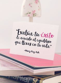 Cada mañana piensa en lo que te llena de valor y felicidad. ¡Recárgate y vive rodeada de lo que más amas! #AmoDespertarMiBelleza   www.marykay.com.co/ama-despertar-frases-inspiradoras
