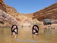 מחצבה משוקמת מכתש רמון (מערכת וואלה! NEWS , צילום: זיו ריינשטיין) Israel, Flip Flops, Sandals, Men, Beach Sandals, Sandal, Slipper, Guys, Wedge Sandals
