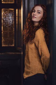 sophie skelton   Sophie Skelton Cast as Brianna in Outlander - IGN