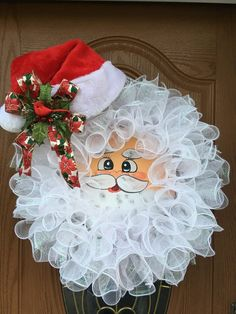Christmas Tree Trimming, Christmas Mesh Wreaths, Christmas Door Decorations, Deco Mesh Wreaths, Christmas Crafts, Christmas Ornaments, Disney Wreath, Santa Wreath, Wreath Crafts