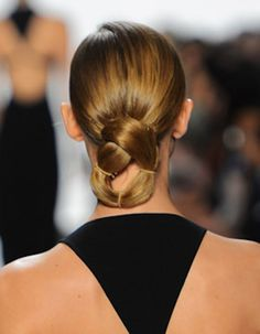 New Years Eve Easy Up Do's to tackle at home ...on our journal visit http://ilesformula.com/new-years-eve-updos-worth-trying/