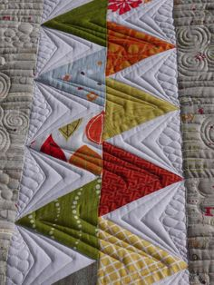 Mom's Triangle Quilt (the last one!) | Kathleen Quilts
