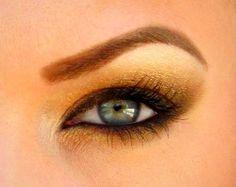 gold goddess eyes