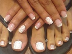 Beautiful and pure nails for bride
