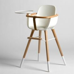 Trs Design Sobre Et Lgante Cette Chaise Haute Volutive Pour Bb A Un Petit