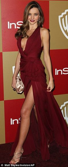 Miranda Kerr in a Zuhair Murad creation... beautifully gathered and clinched at side waist with understated ruffled knot.