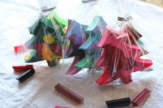 DIY Christmas Tree Crayons - Perfect homemade gift for children.