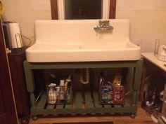 Pet Care, Laundry Room, Kitchens, Vanity, Bathroom, Dressing Tables, Washroom, Powder Room, Laundry Rooms