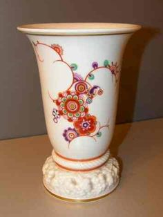 Selb Bavaria Modell von Ph. Rosenthal 20 cm  Photo courtesy of Ebay seller erstklassigesachen Vases, Ph, Planter Pots, Mugs, Tableware, Ebay, Scale Model, Dinnerware, Tumblers