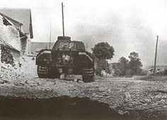 Panther Ausf G 212 prend position