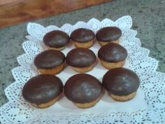 Madalenas  con  cobertura de  chocolate