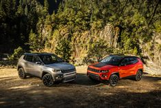 Jeep® Compass Limited and Jeep® Compass Trailhawk