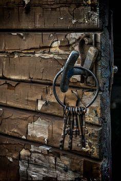 *Old Keys (by john r race)
