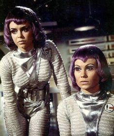 Lieutenant Gay Ellis (Gabrielle Drake) and A N Other in UFO Remember. Sci Fi Tv Series, Sci Fi Tv Shows, Sci Fi Movies, Movie Tv, Sf Movies, Science Fiction Kunst, Space Girl, Space Tv, First Tv