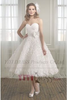 OUR PRICE: $149.99 A-Line/Princess Ball Gown Strapless Sweetheart Tea-length Organza Wedding Dress