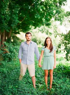 I've got just about the prettiest thing ever for you today, courtesy of Lindsay Madden Photography. It's an engagement session that is sweet, romantic, soft, and beyond beautiful... featuring two of the cutest love birds you'll lay eyes on today.