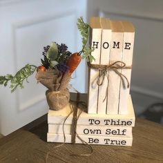 All Details You Need to Know About Home Decoration - Modern Best Christmas Presents, Christmas Mood, A Christmas Story, Diy Old Books, Old Book Crafts, Craft Books, Farmhouse Books, Modern Farmhouse Decor, Rustic Books