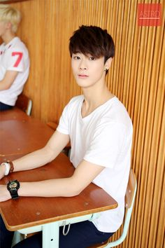 151101 @OffclASTRO Photos Behind Meet U Project | Moonbin Source: http://cafe.daum.net/fantagio-boys