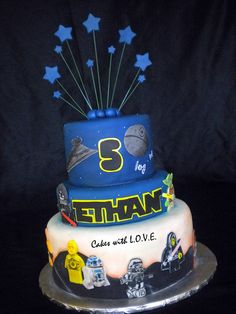 Star Wars Cake I like the stars Star Wars Cake, Star Wars Party, Cupcakes, Cupcake Cakes, Movie Cakes, Bithday Cake, Star Wars Birthday, Lego Birthday, Character Cakes