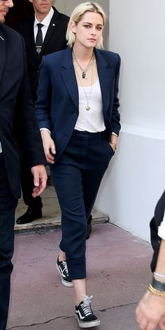 The 17 Best Celebrity Street Style Pictures from the Cannes Film Festival – Kristen Stewart … Tomboy Fashion, Suit Fashion, Fashion Week, Look Fashion, Vans Fashion, Fashion Outfits, Style Outfits, Mode Outfits, Office Outfits